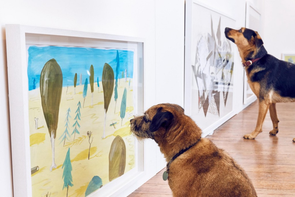 World's First Art Exhibit For Dogs Is Just As Awesome As It Sounds